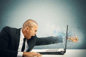 Virtuell Kündigen sollte auch mit der notwendigen sensiblen Haltung angegangen werden.